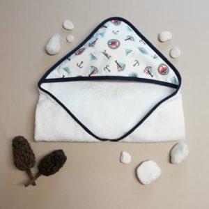 Cape de bain pour bébé avec motifs pirates