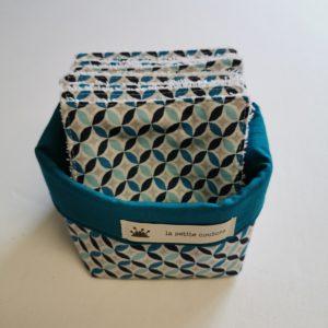 Lingettes lavables bleues à motifs géométriques