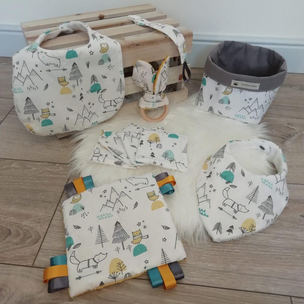 coffret de naissance garçon avec des animaux polaires en motifs