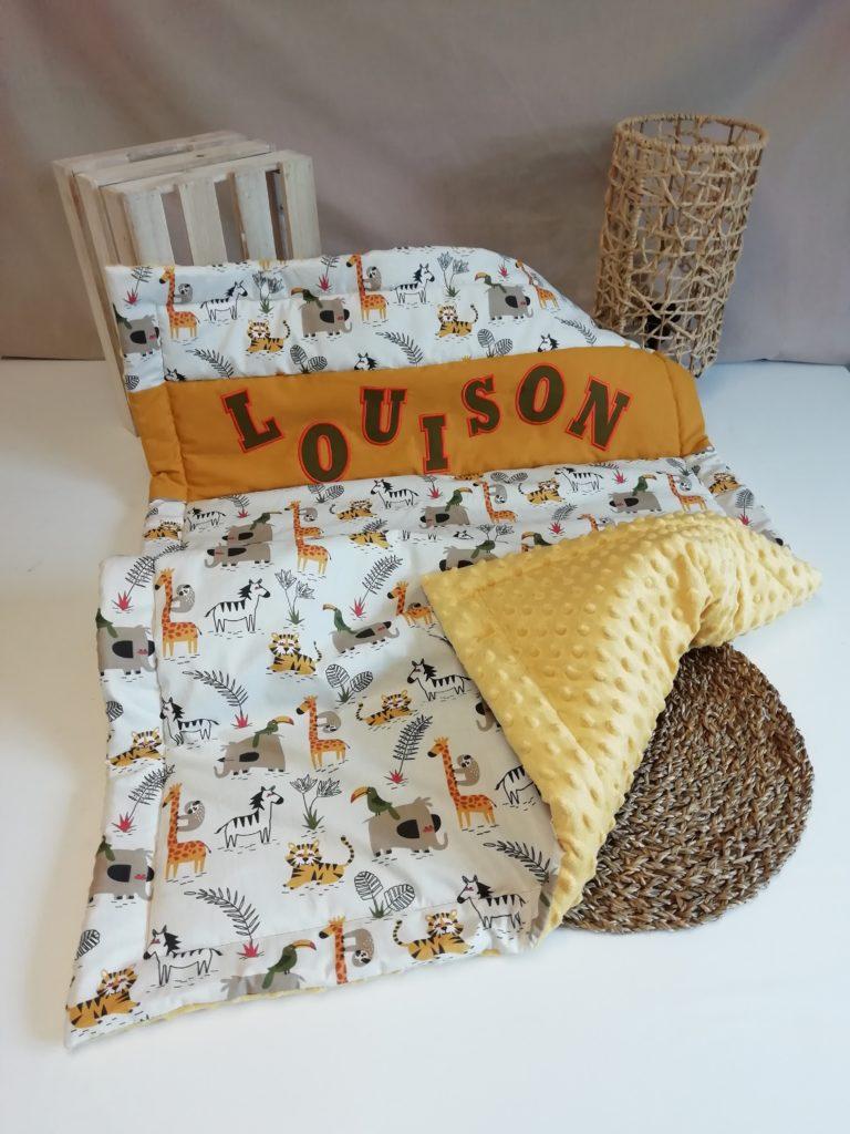 couverture pour bébé avec des animaux de la savane